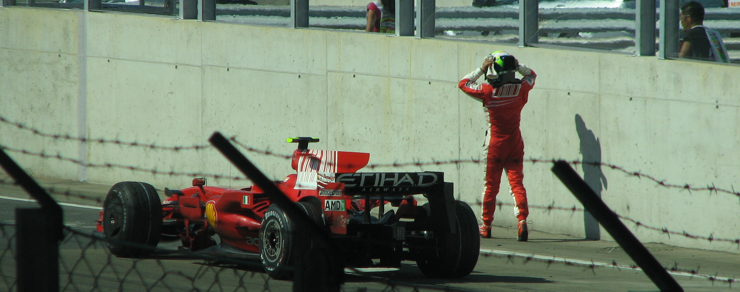 felipe_massa_car_crash.JPG