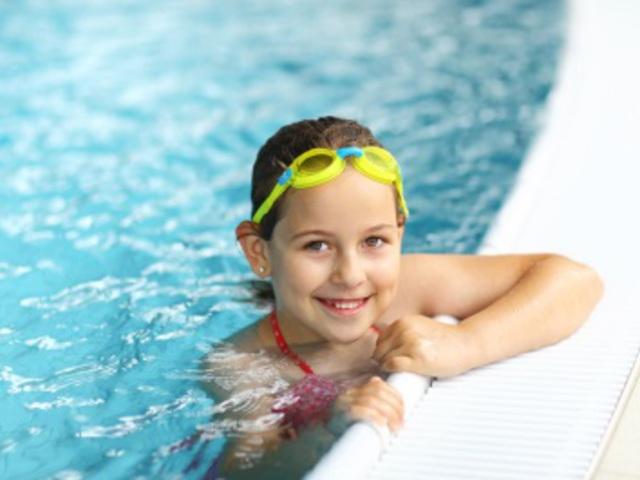 Adidas & Asics gyerek sportcipő akció - sportruházat, cipő és felszerelés junioroknak