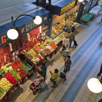 Budapesti piackörkép: ennyit spórolhatsz, ha lejárod a lábad