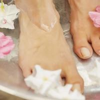 Bőrkeményedés ellen: házi talppakolás fillérekből