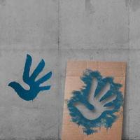 Szerb tervezte az emberi jogok szimbólumát