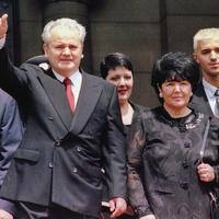A hágai papucs - Wikileaks-jelentések Miloševićről és feleségéről