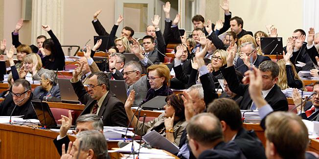 sabor_glasovanje_541764S1.jpg