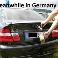 Mindeközben Németországban