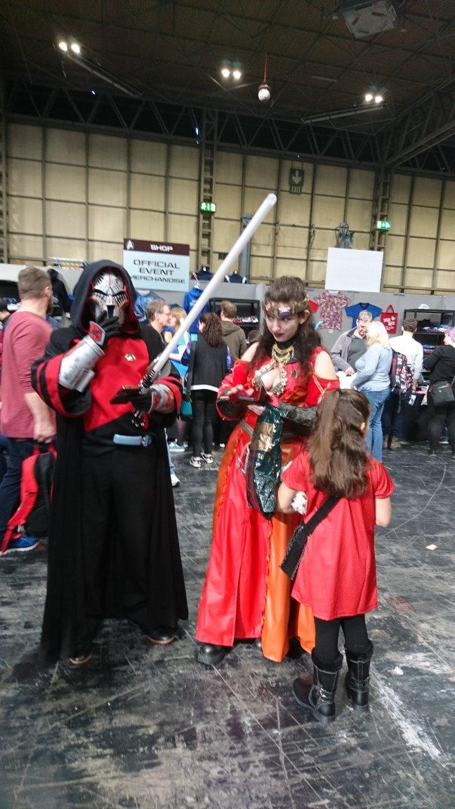 Egy klingon menyasszony és... vőlegénye(?)