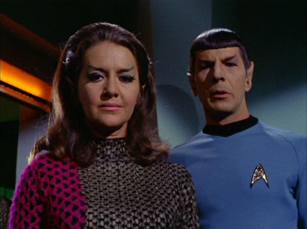 spock_and_the_romulan_commander.jpg