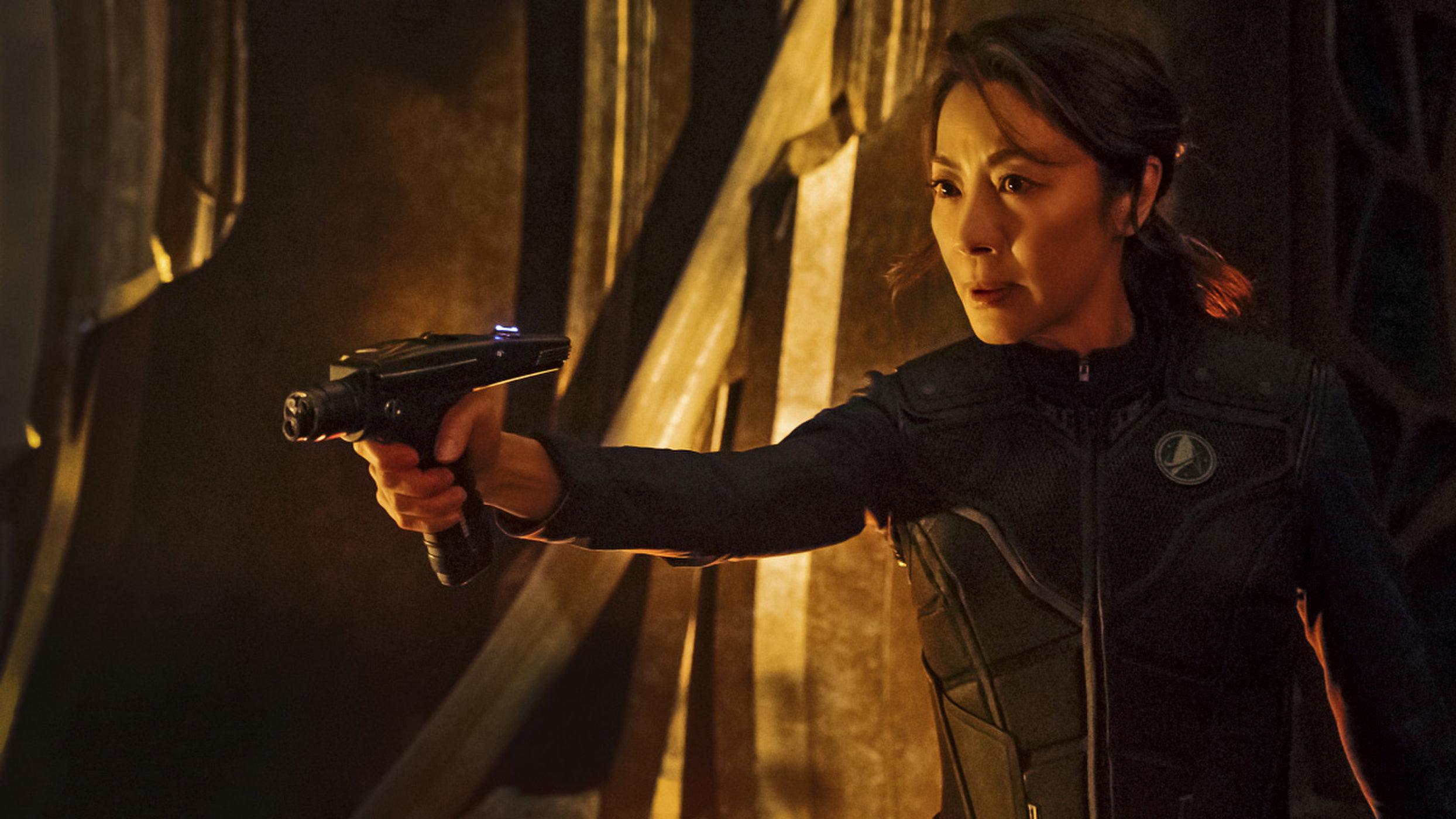 Philippa Georgiou kapitány akcióban (Michelle Yeoh)