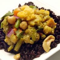 Kókusztejes tofu-curry