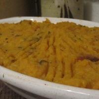 Narancssárga-lila-zöld krumplipüré