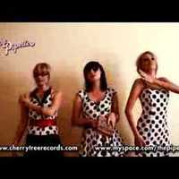 Tanulj táncolni a Pipettes csajoktól!