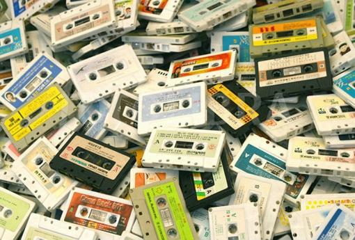 1367879_599948-pile-of-audio-tape-cassettes.jpg