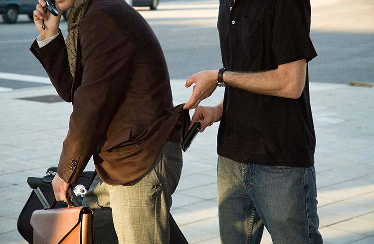 Legyünk rafináltabbak a zsebtolvajoknál!