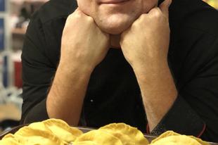 Anger Zsolt színész, rendező, és ma már pop-up séf, akit magával ragadott az olasz gasztronómia