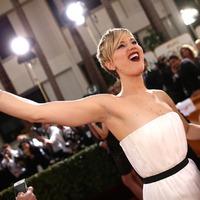 Jennifer Lawrence a trollkodás királynője