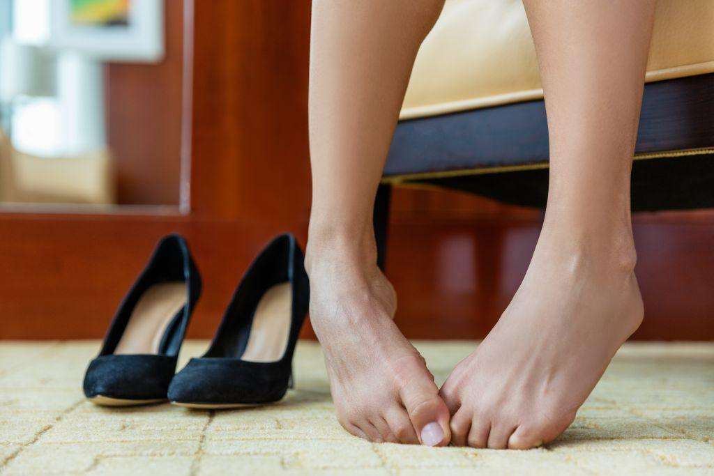 person-barefoot-heels-smelly-feet.jpg