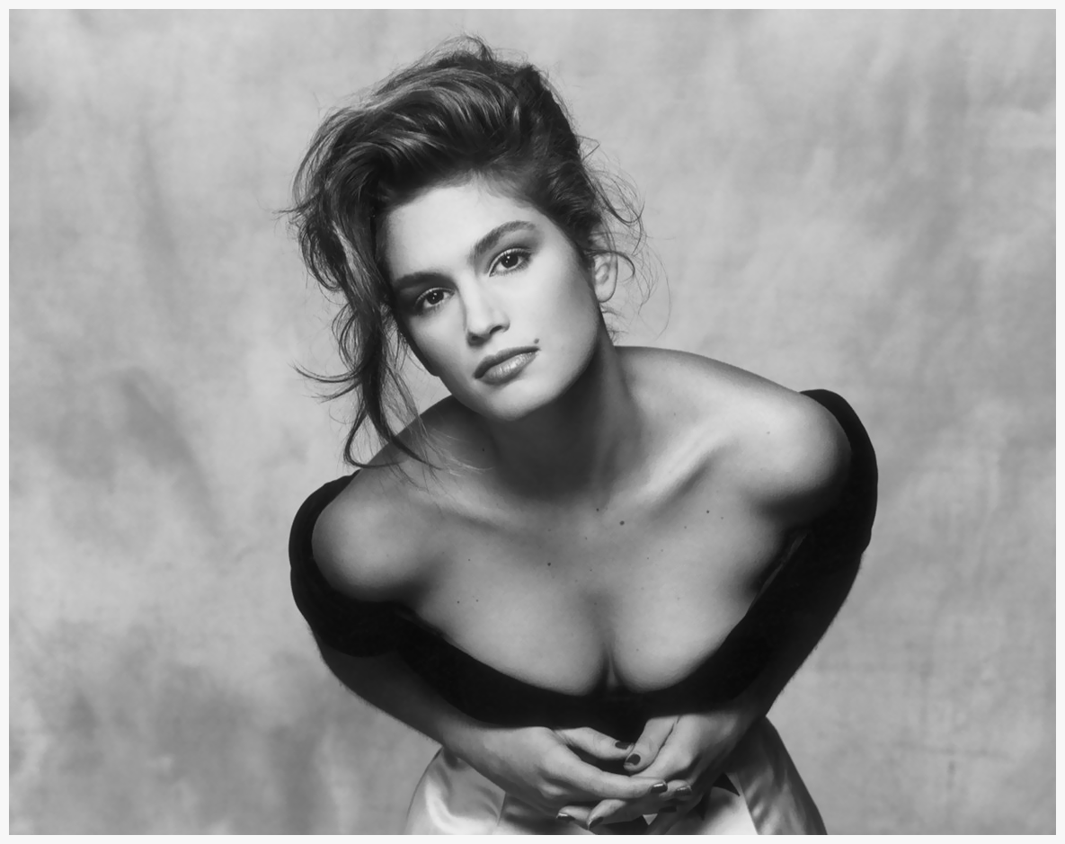 cindy-crawford-in-vogue-august-1988.png