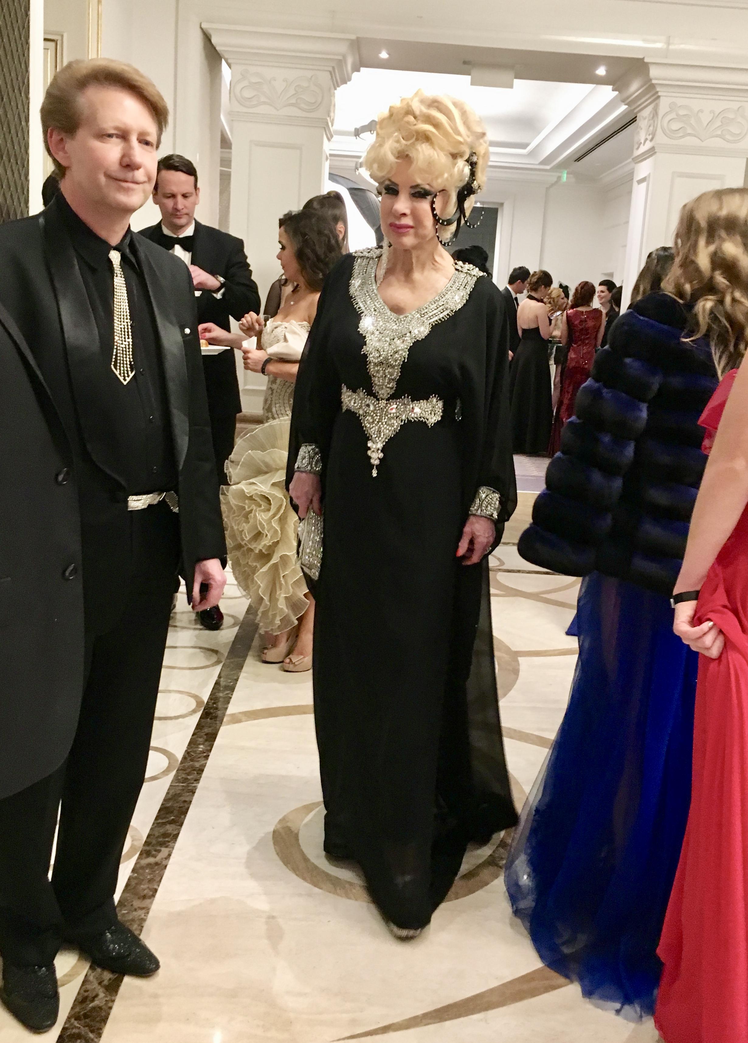 Az est megletetése: Medveczky Ilona ruhában van!