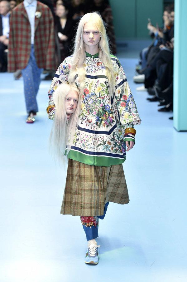 Alessandro Michele, a Gucci tervezője úgy tűnik, arra biztat, hogy bátran dobjuk ez agyunkat!<br /><br />