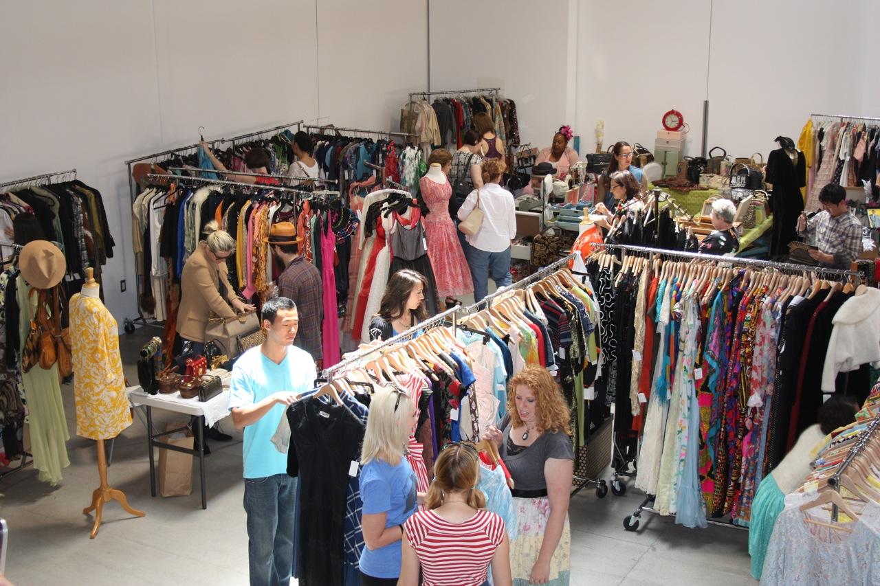 shoppers2_2.jpg