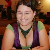 DIVATIKONOK:  Dr. Kádár Annamária a LILA IKON