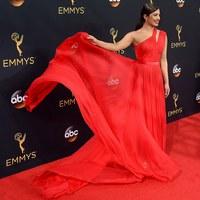 Emmy Awards 2016 - hölgyek vörösben, pinkben