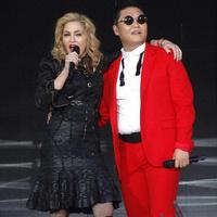 Madonna és a Gangnam Style