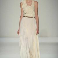 New York Fashion Week 2014 ősz/tél - Victoria Beckham