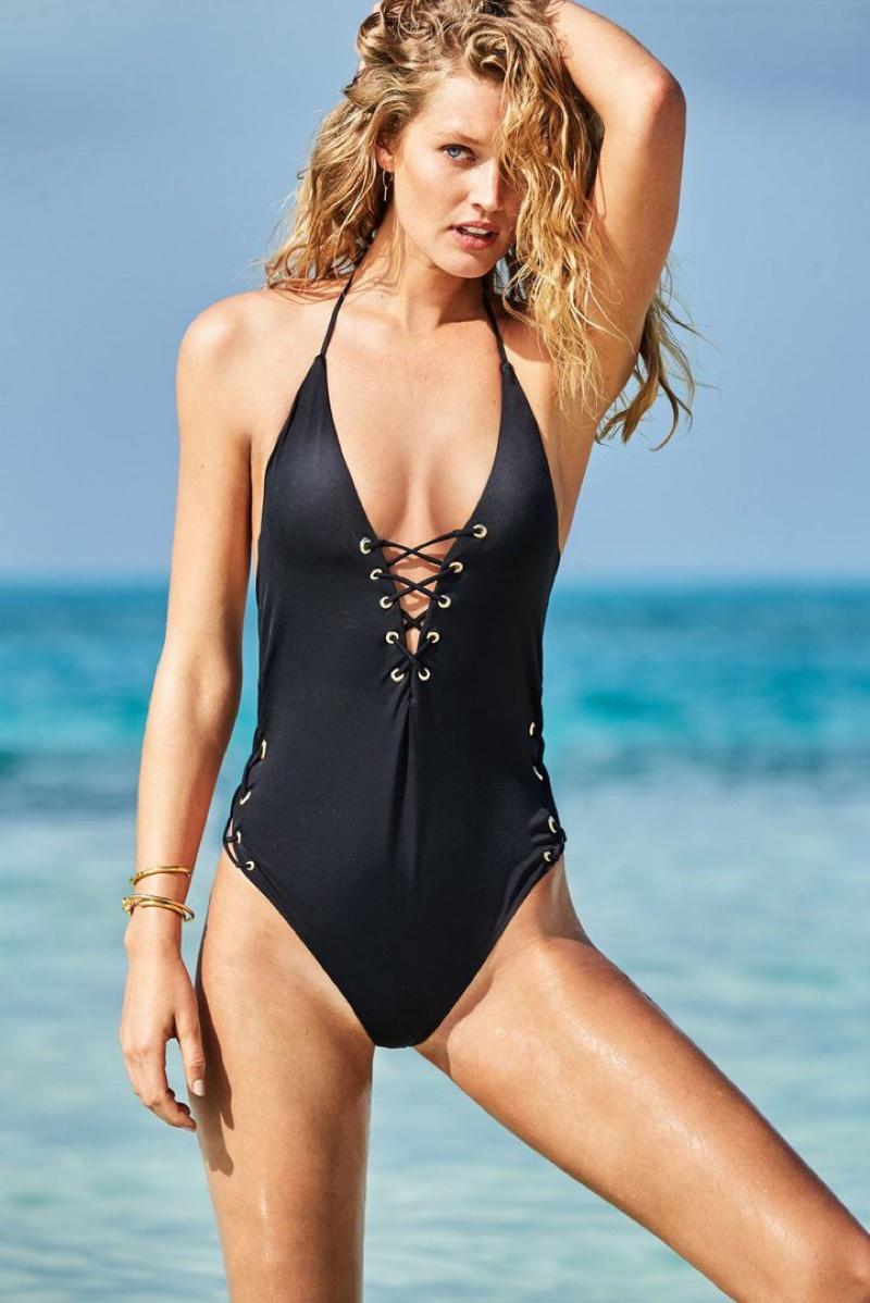 calzedonia-swimwear-2017-campaign-photos10.jpg