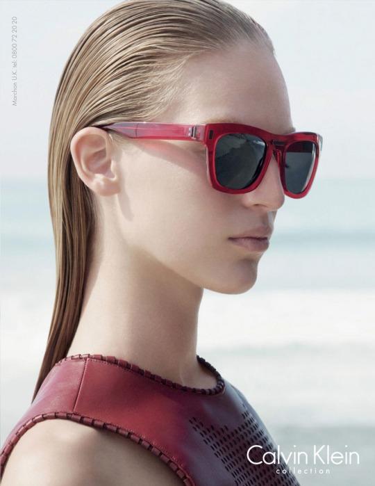 Közel sem új keletű már a Calvin Klein és Vanessa Axente együtműködése. A  magyar modell már több időszak óta a márka meghatározó arca 92795302cb