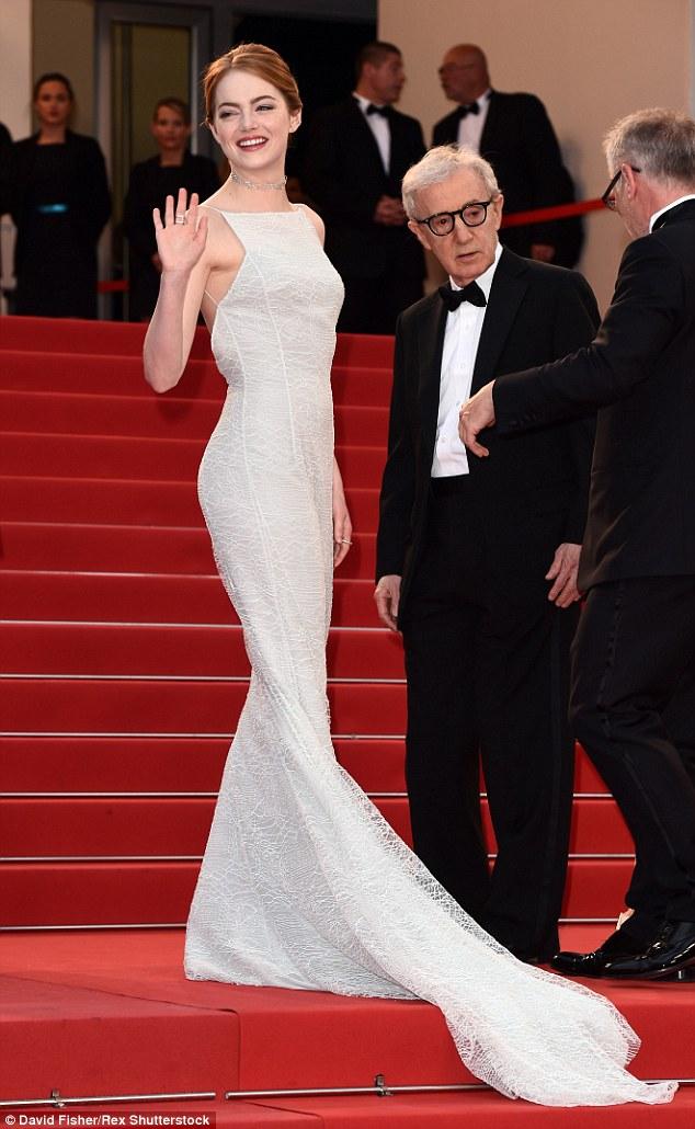 Emma Stone Diorban, Woody Allen társaságában