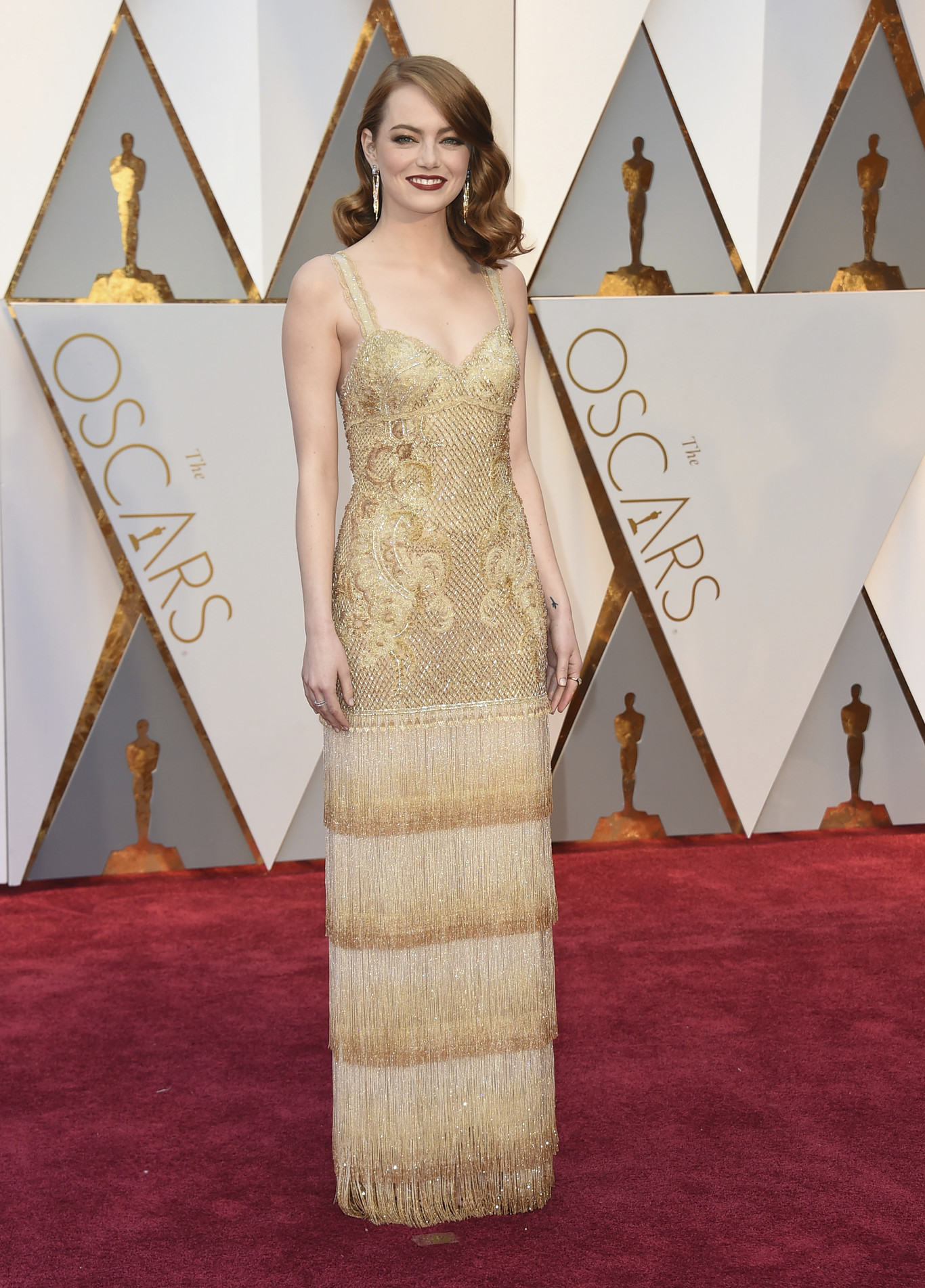 emma-stone-givenchy-haute-couture.jpg