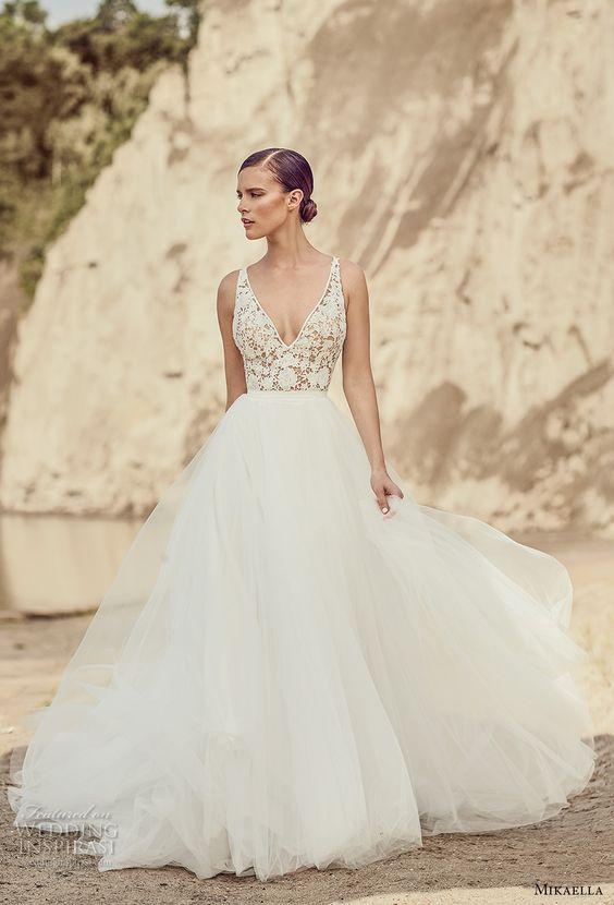 Hófehér menyasszonyi ruhák - Strange s fashion   gossip 32381f611a