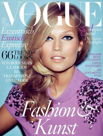 vogue-deutsch-aug.jpg
