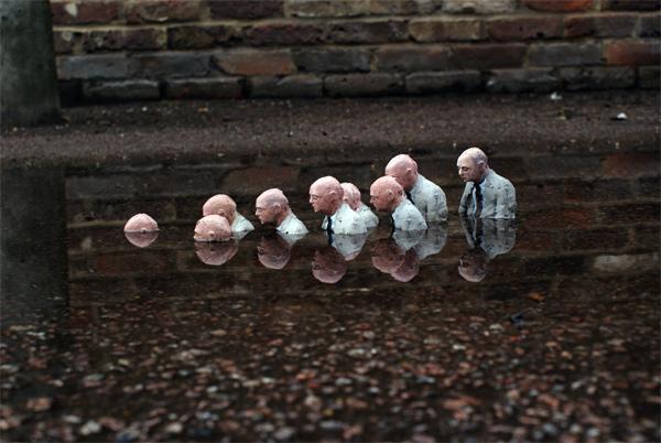 Isaac-Cordal-Street-Art-artist.jpg