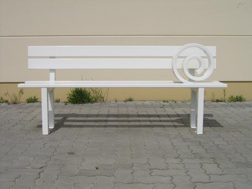 modified_social_bench_m.jpg