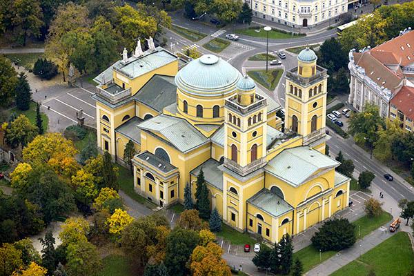 egri_bazilika_legi_foto.jpg
