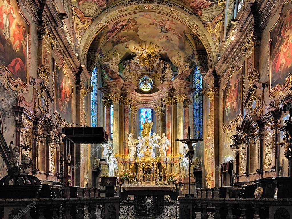 28_depositphotos_90260170-stock-photo-interior-of-st-emmerams-cathedral.jpg