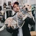 Áron Andris és Töpi kutyája a wonderLAB-ben