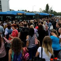 Van, aki szereti a budapesti tömegközlekedést? Igen, van!