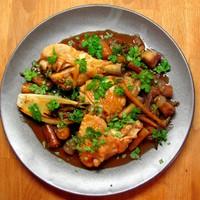 Ecetes csirke pirított zöldségekkel