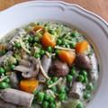 Zöldségváró tavaszragu - hideg ellen kolbásszal és tésztával!