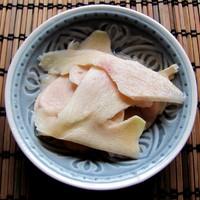 Gyömbér házilag pácolva: nemcsak szusihoz.