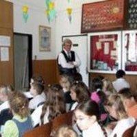 2008.06.06. adás: Igazgatói fogadás, orientációs vizsgák, iskolagyűlés