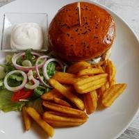 Kispiac Étterem: Hamburger és egyéb finomságok