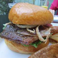 Tiszavirág: Ráczponty Burger
