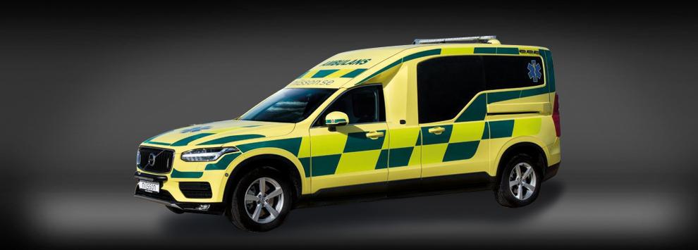 ambulans-xc90-2016.jpg