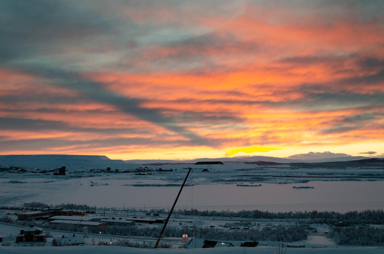 Kirunai látkép a naplementében