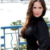 Újabb képek az ¡Hola! magazin fotózásáról (2012.05.22.)