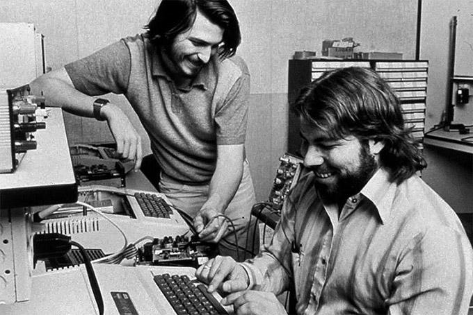apple-inc-garage-jobs-wozniak.jpg