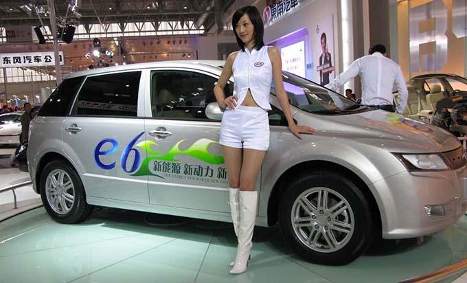 kinai-elektromos-auto-kiallitas.jpg